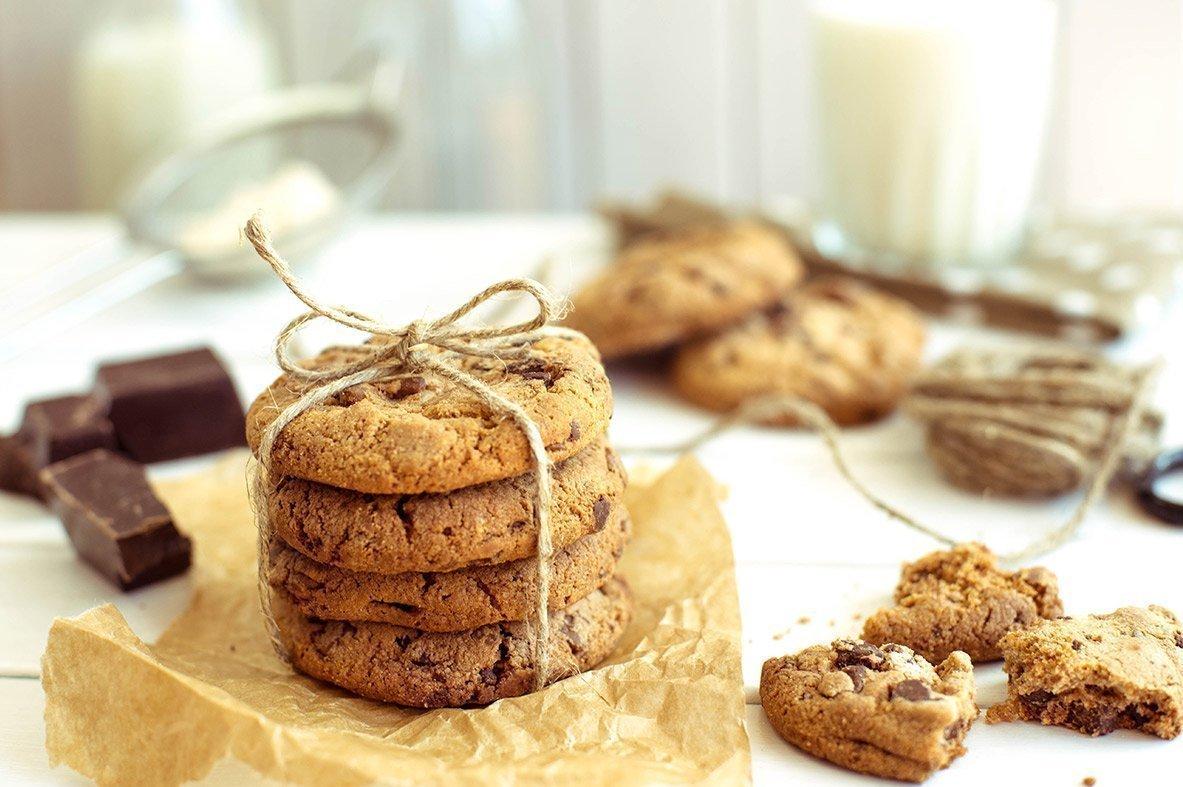 Μπισκότα άσπρης & μαύρης σοκολάτας