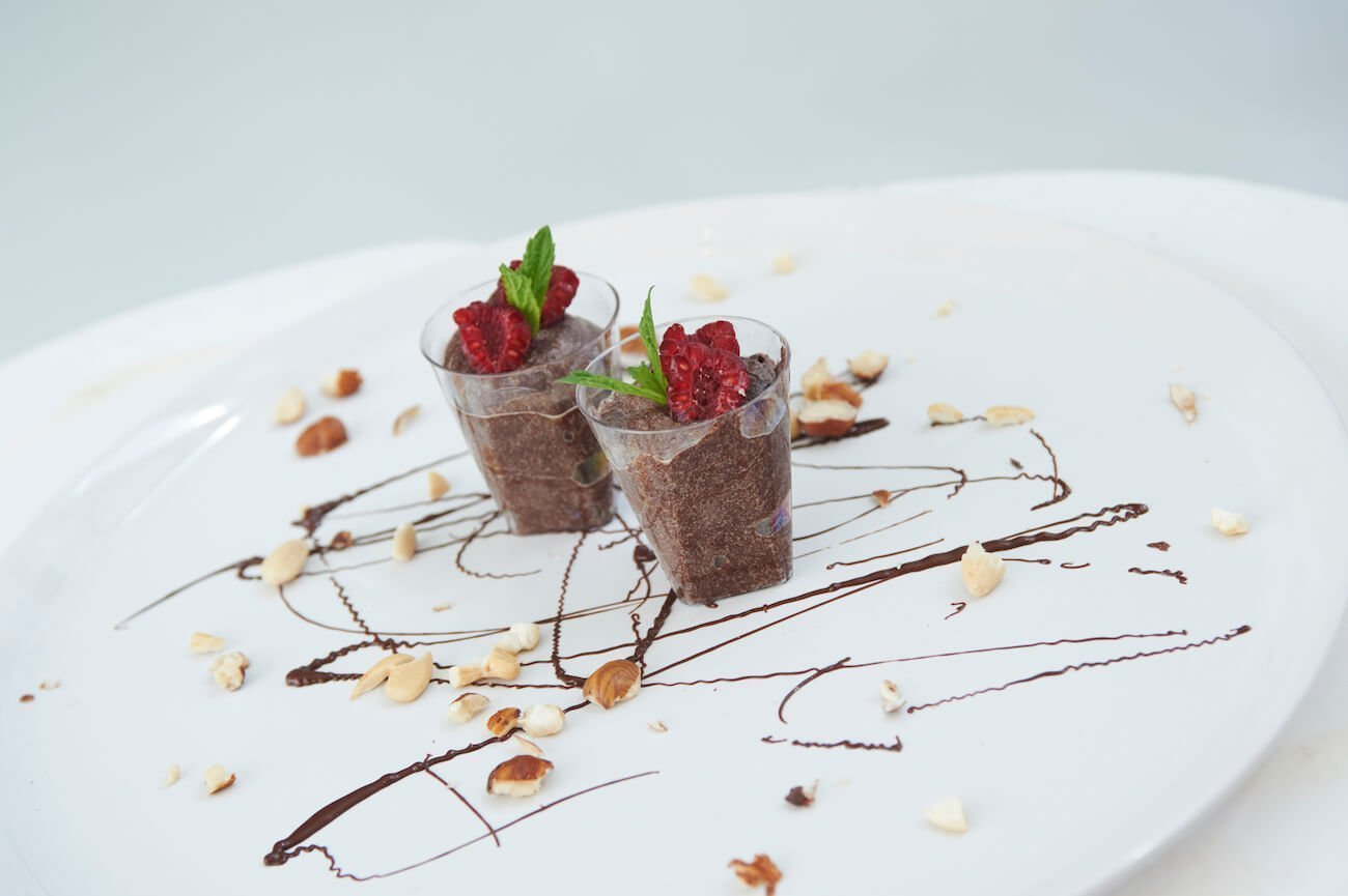 Chocolate mousse with avocado, banana and honey