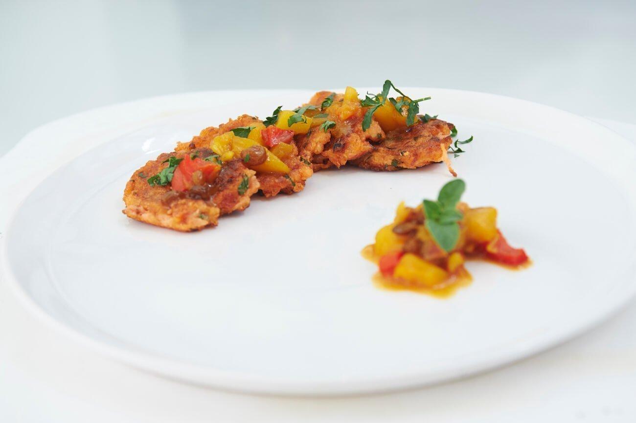 Ντοματοκεφτέδες με Ινδική σάλτσα τσάτνεϊ