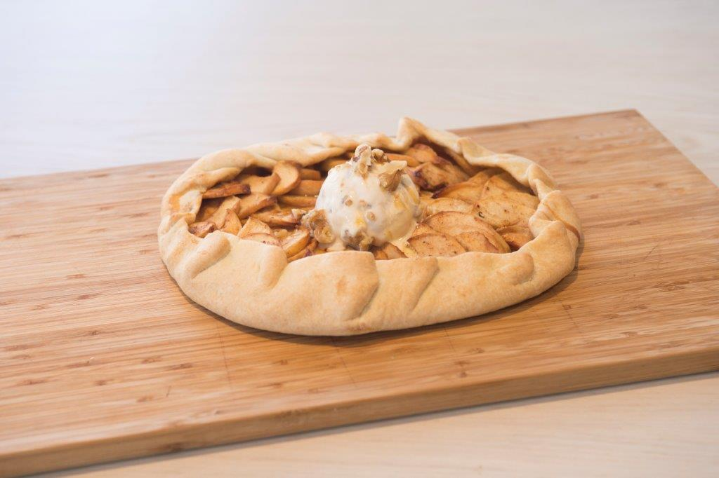 """Χωριάτικη Γαλλική μηλόπιτα """"Γκαλέτ"""" (Galette aux pommes)"""