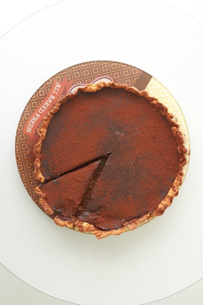 Κλασσική σοκολατόπιτα με τραγανό χειροποίητο φύλλο