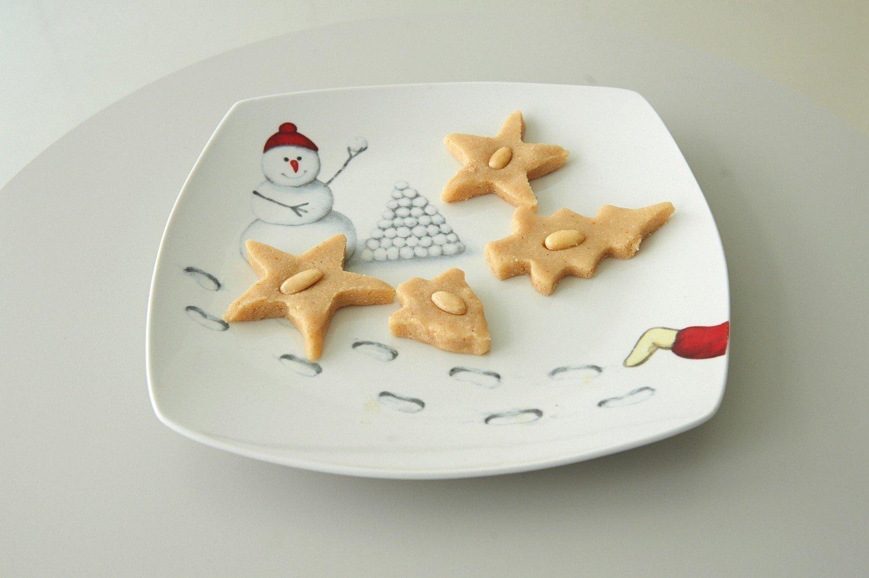 Χριστουγεννιάτικα αμυγδαλωτά με μανταρίνι και μπράντι